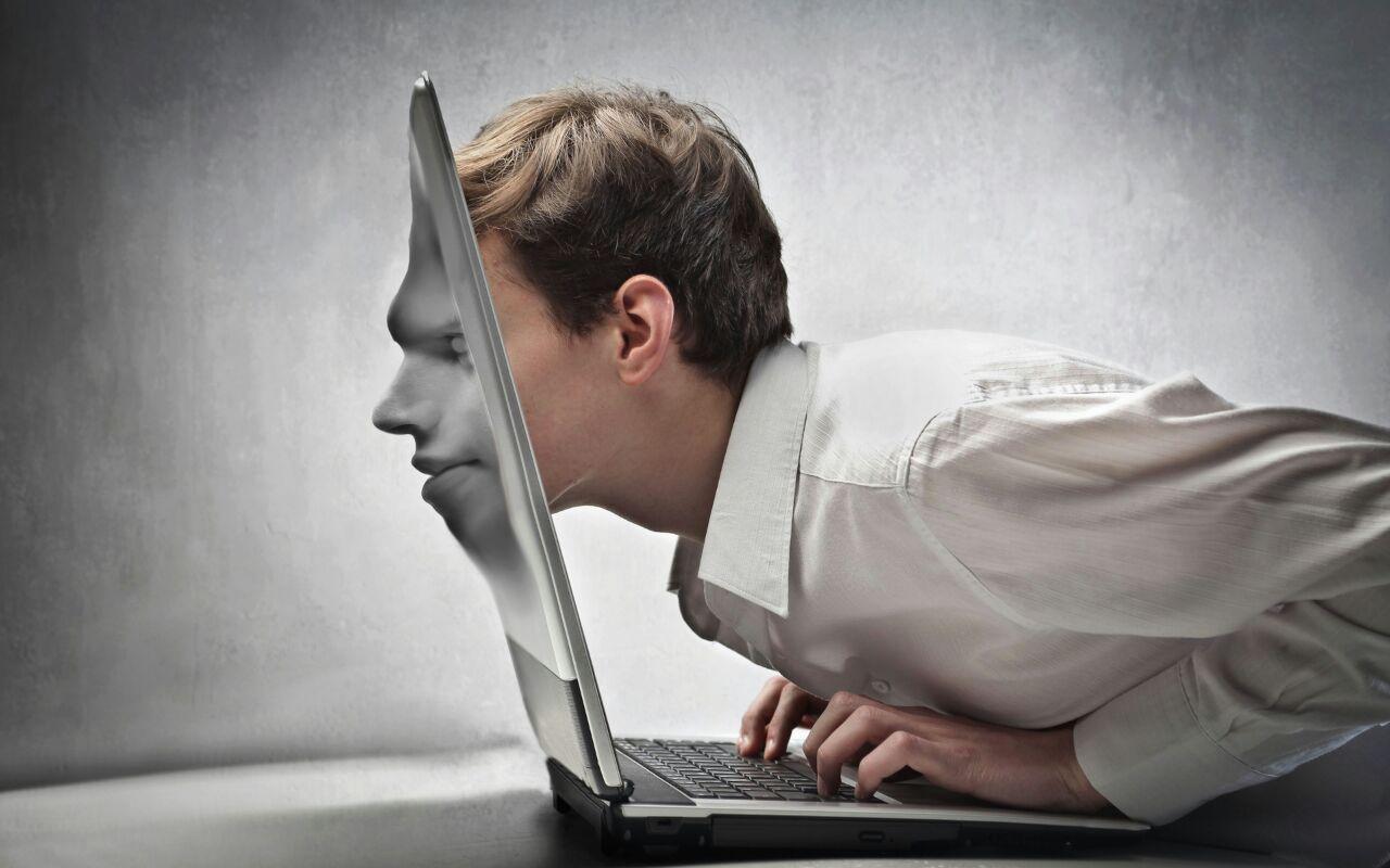 Image result for نوجوان و اینترنت